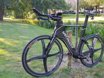 TE KOOP – Specialized Shiv triathlon/tijdritfiets incl. Xentis wielset