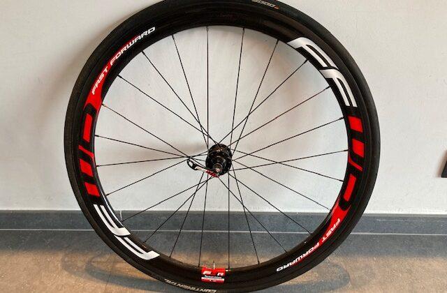 Fast Forward F4R Full Carbon Black-Red wielset – DT Swiss